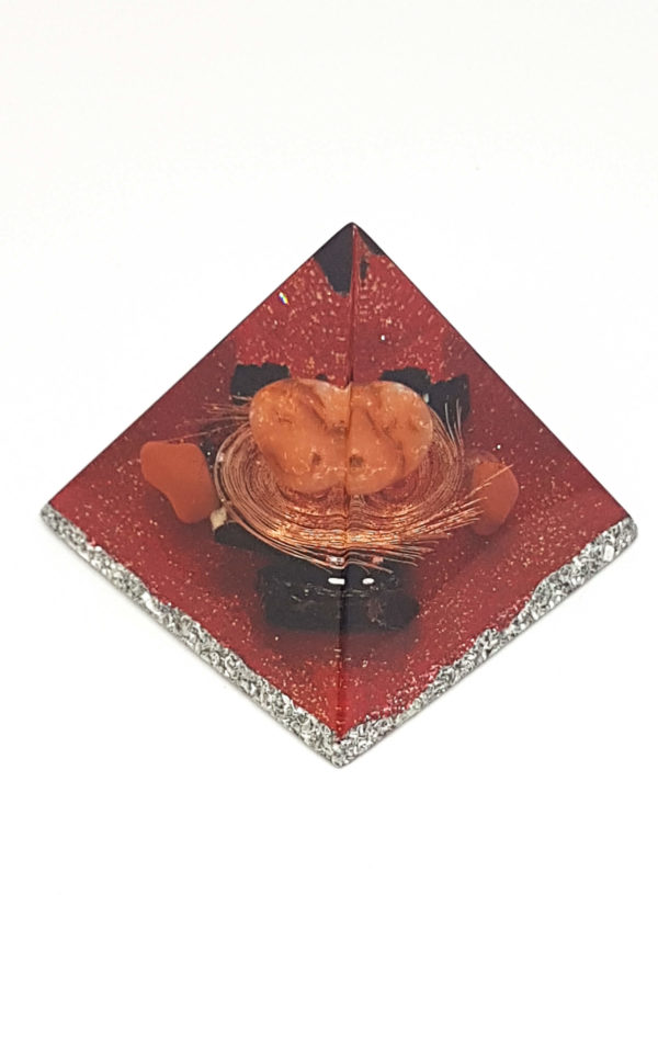 Orgonite Pirâmide 4