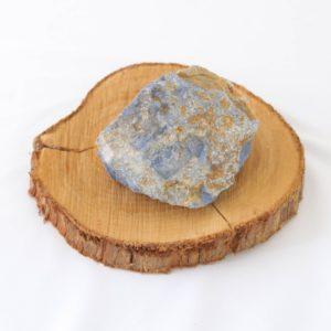 Pedra bruta Dumortierita