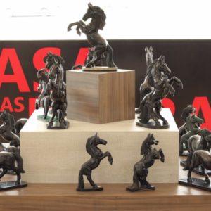 Esculturas cavalo xisto de Esmeralda – Tamanhos Diversos