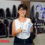 Cianita Azul – A Pedra da Proteção e do Arcanjo Miguel – Casa das Pedras